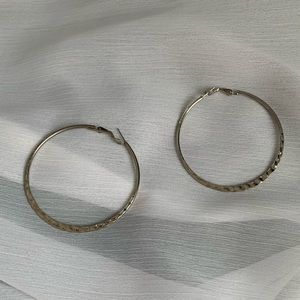 Jewelry - Silver textured hoops